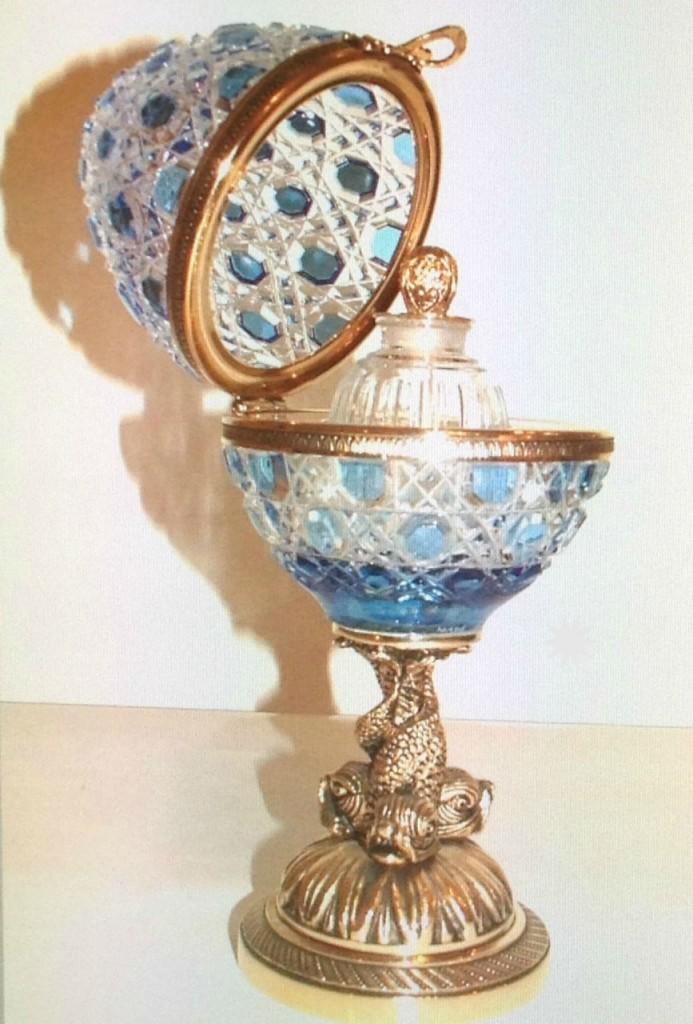 L'œuf en Cristal Benito, d'inspiration Fabergé
