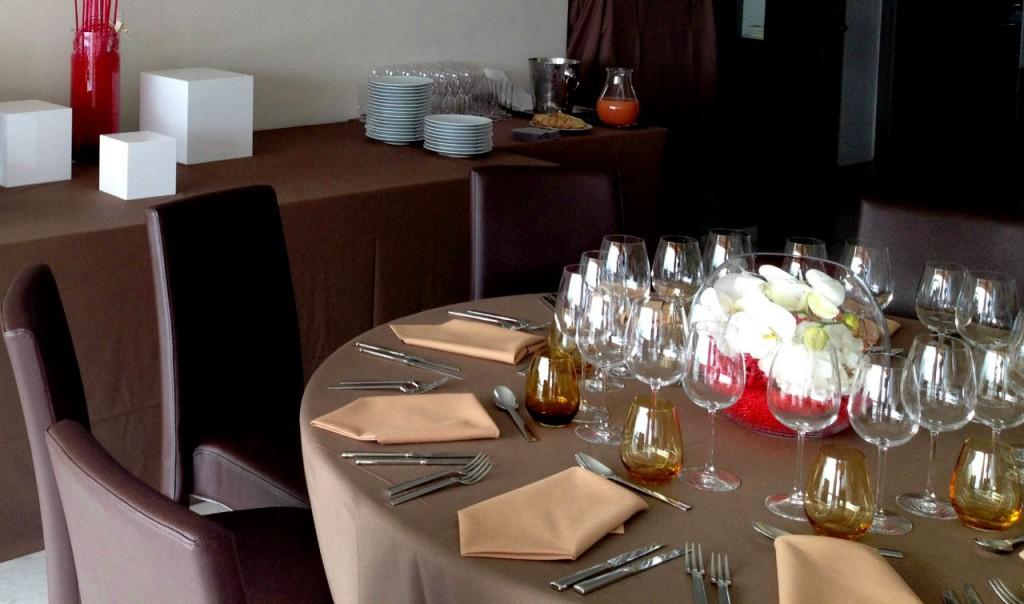 Présentation de table et verres en cristal