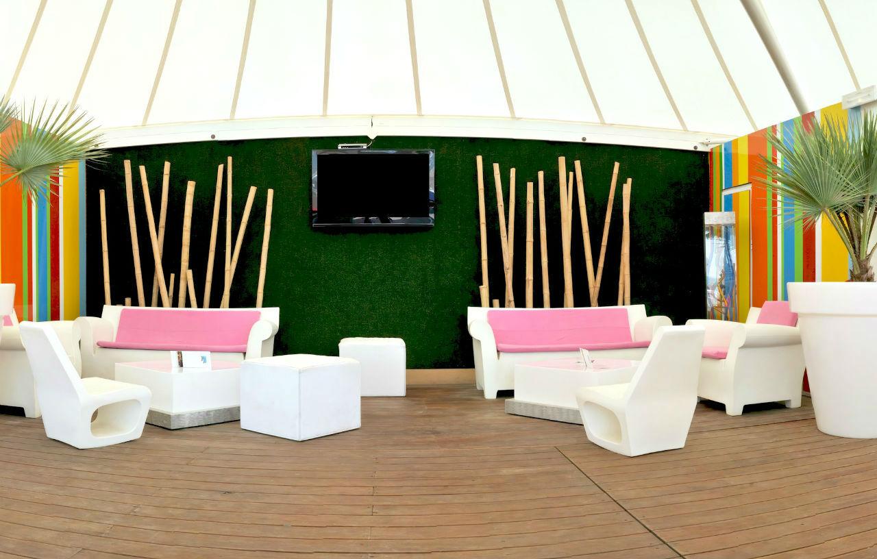 vous disposez dune terrasse et vous souhaitez lui offrir une nouvelle jeunesse quelle soit en bois ou faite de dalles laspect gnral de votre