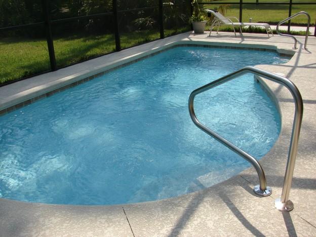 toile-ombrage-piscine
